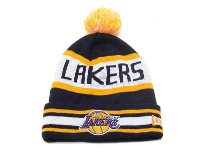 Snapbacks and Beanies. Chicago Bulls Snapback · Los Angeles Lakers Beanie  Hat fe060ea617d4